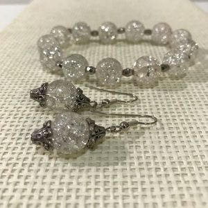 Gorgeous silver pierced earrings and bracelet